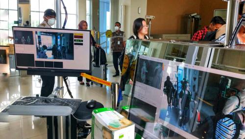 Cegah Virus Corona, Terminal Kedatangan Internasional Bandara SSK II Pekanbaru Dipasangi Thermal Scanner