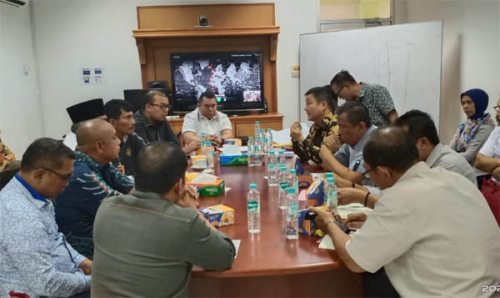 Di Hadapan Anggota DPRD Riau, PT IKPP Jelaskan Keluarga Korban Tergiling Mesin Penggiling Kayu Diberikan Santunan dan Beasiswa