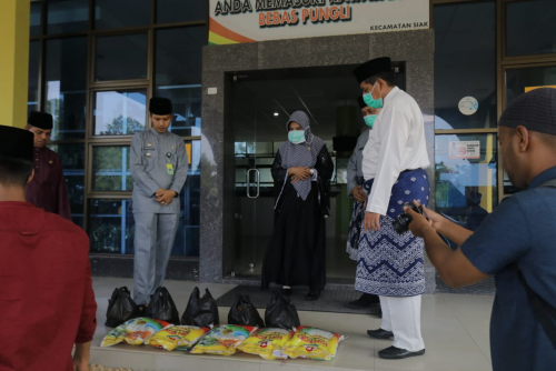 Cepat Tanggap Bantu Warga, Alfedri Rogoh Kocek Sendiri Belikan Sembako untuk Keluarga ODP Covid-19