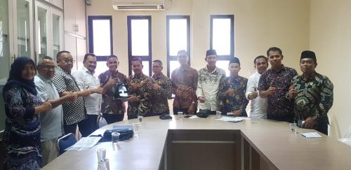 Komisi I DPRD Kepulauan Meranti bersama Disdukcapil Kunker ke Disdukcapil Kota Batam