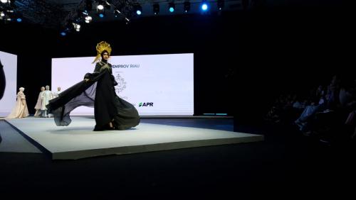 Tahun Kedua Hadir di Muffest 2020, APR Pamerkan Puluhan Busana Berbahan Dasar Viscose Rayon Karya Delapan Desainer IFC